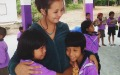 volunteer with kids in Thailand