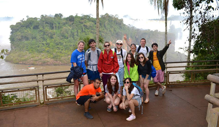 A group of students in Iguazu falls