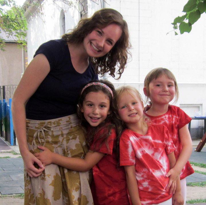International teacher with kindergarten students in Budapest