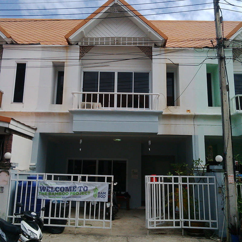 Volunteer housing in Koh Samui, Thailand.