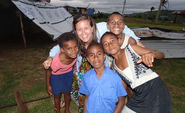 Volunteer with kids in Fiji