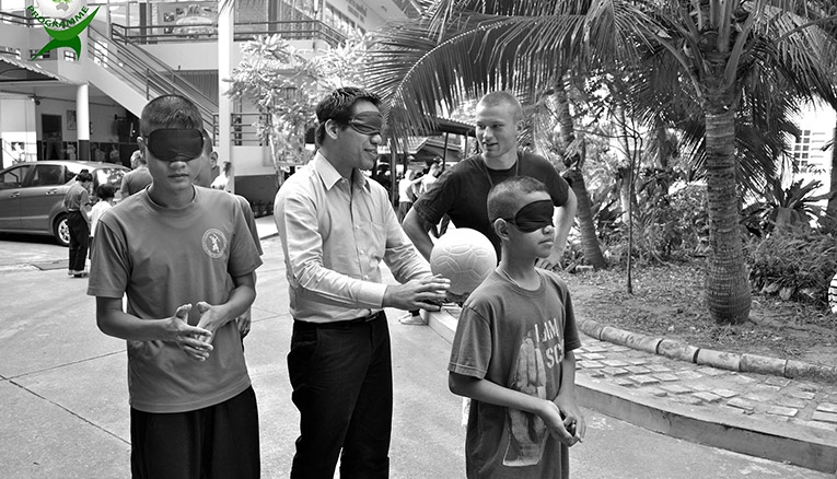 Blindfolding experiment at a school for the blind in Thailand