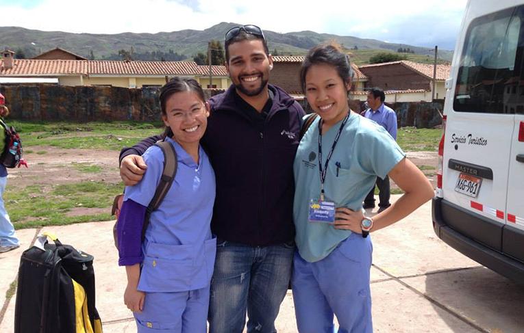 Medical volunteers in rural Peru