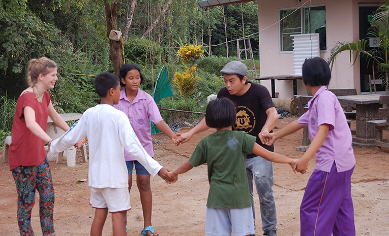 Volunteer with youth in Thailand