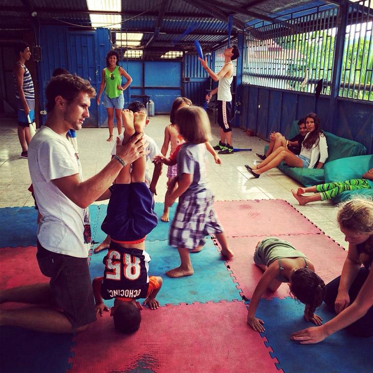 Volunteering with Children in Lomas Cocori, Costa Rica