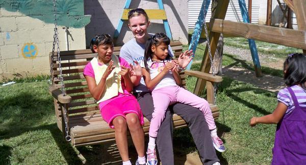 volunteer with kids in guatemala