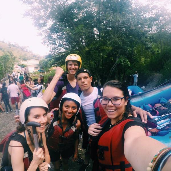 Interns go rafting just outside Bogota