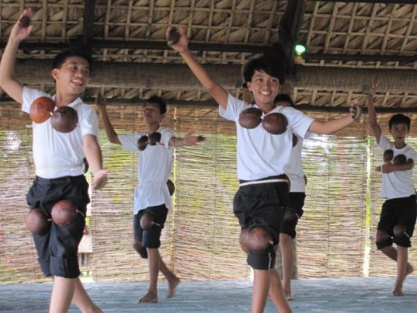 maglalatik cultural dance in the philippines
