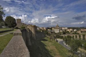 study liberal arts in Tuscania