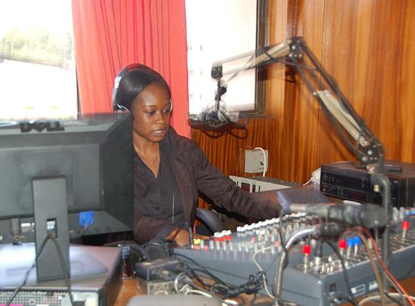 Radio Journalism Internship in Ghana | travellersworldwide.com