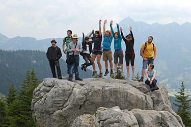 JYM students on mountain hike