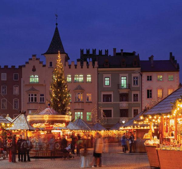 Holiday market in Brixen