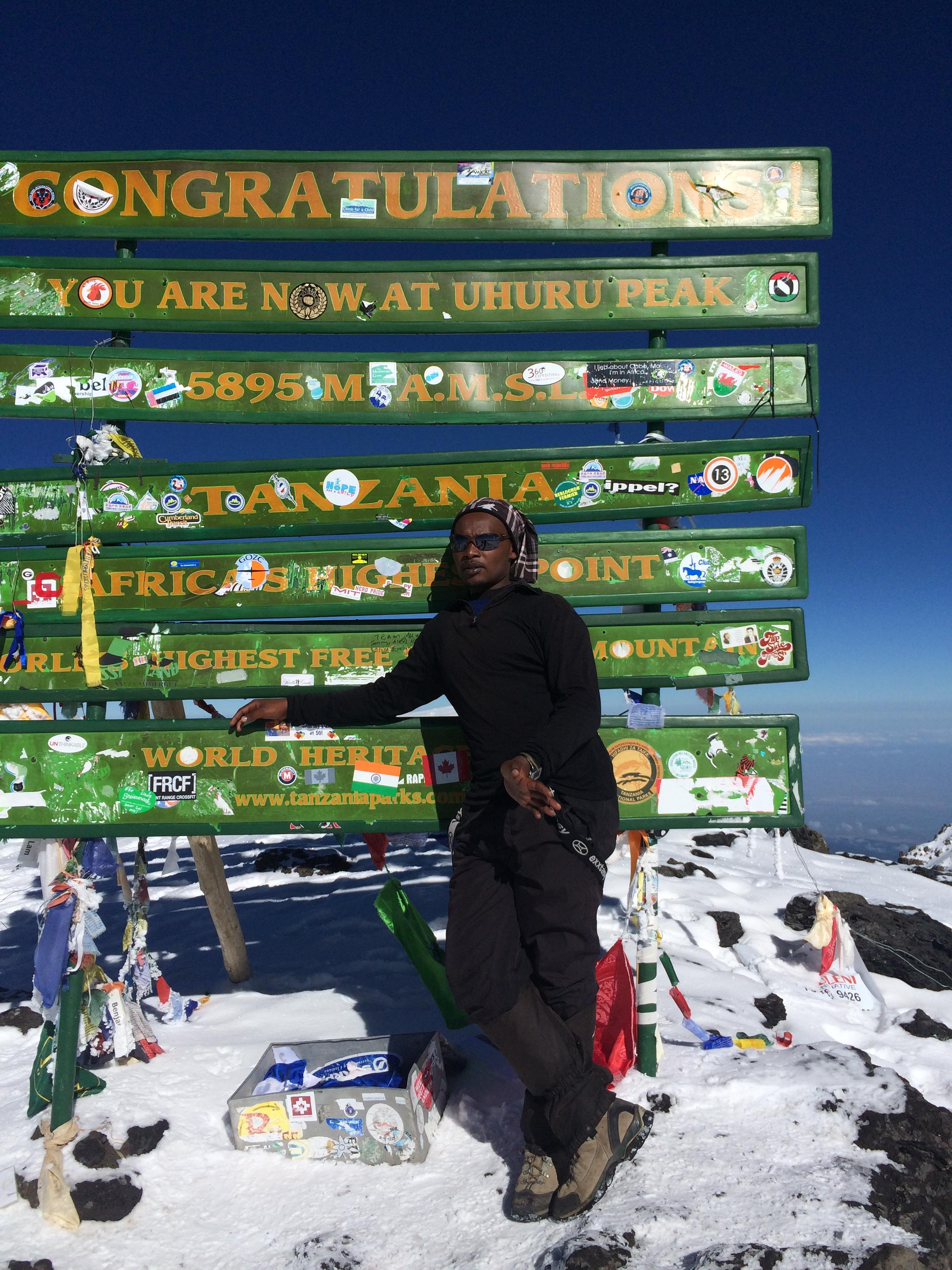 climber in Uhuru peak