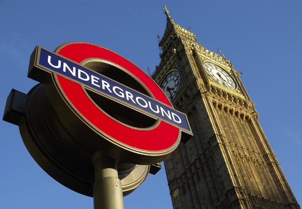 Mind the Gap Study Abroad in London, England with CEA Study Abroad