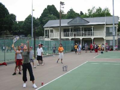 Coach Sports to Children in New Zealand | travellersworldwide.com