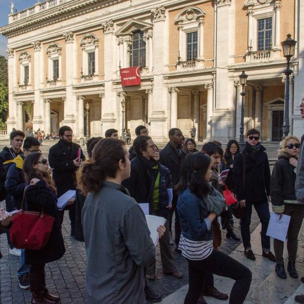Students on a walking tour of Rome with Jan Gadeyne.