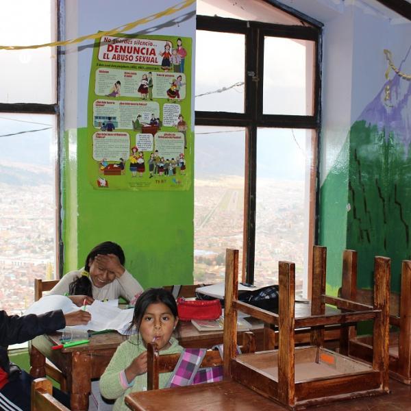 Teaching Programs in Peru with Love Volunteers!