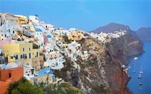 Colorful houses in Santorini