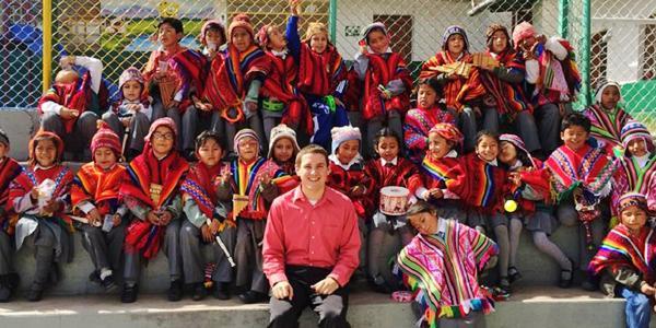 volunteer-esl-teacher-serve-abroad-cusco-peru-latin-america