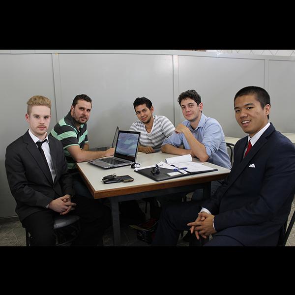 Working intern team business