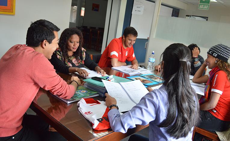 Maximo Nivel TEFL students in Guatemala