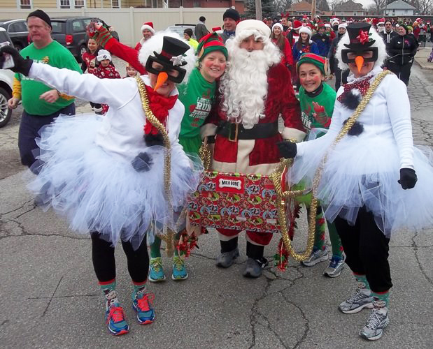 Christmas themed 5k costumes