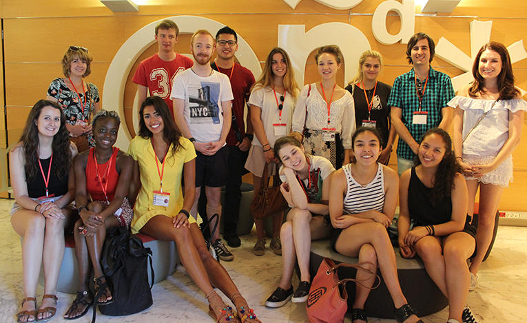 Interns at El Mundo in Spain