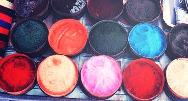 Dyes are sold on the streets of cities in Bolivia