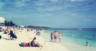 Take a break from study abroad and enjoy the beach in Bahamas