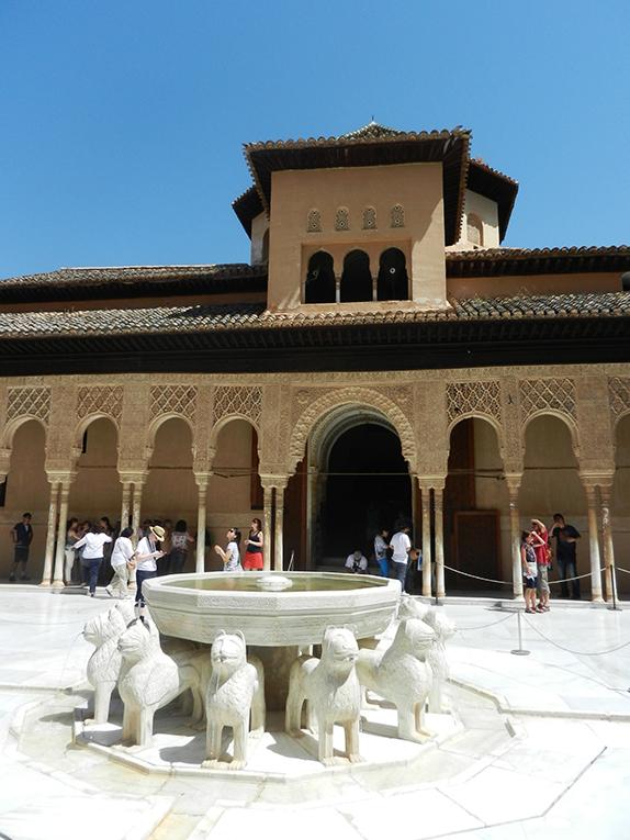 Fountain of Lions in Alhambra, Granada