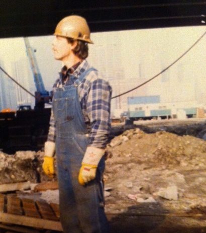 Dorian Kraska as a construction worker in Indiana/Illinois