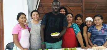 Volunteer with local cooks in Mexico