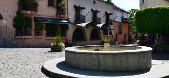Plaza with a fountain in Cuernavaca, Mexico